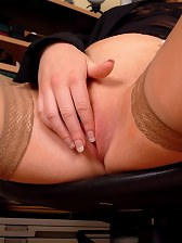 Secretary Shannon strips to her stockings at work